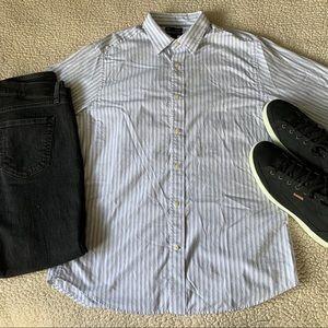 GAP Shirts - GAP Premium Classic Fit White & Blue Dress Shirt